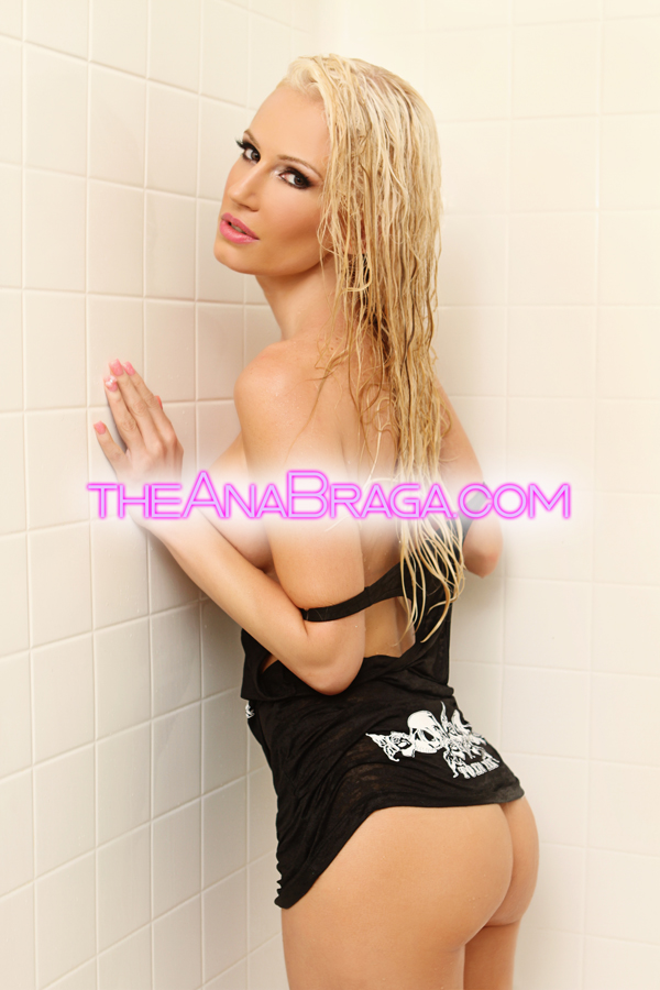 ANA BRAGA SHOWER PARTIAL NUDE AUTOGRAPHED PHOTO 8x10